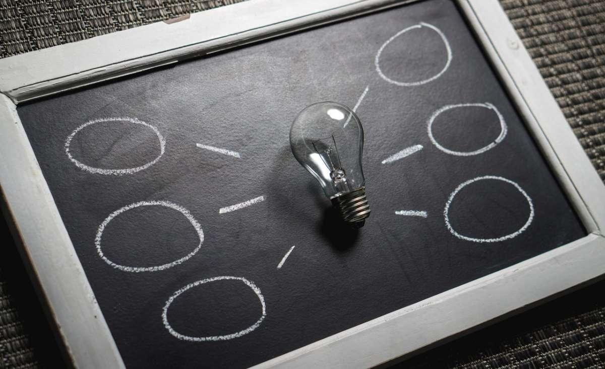 Estrategia, Innovación, Intraemprendimiento y Aceleración en las Empresas